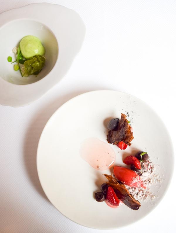 Frais de Plougastel, cacao et sorbet à l'oseille © Yonder.fr