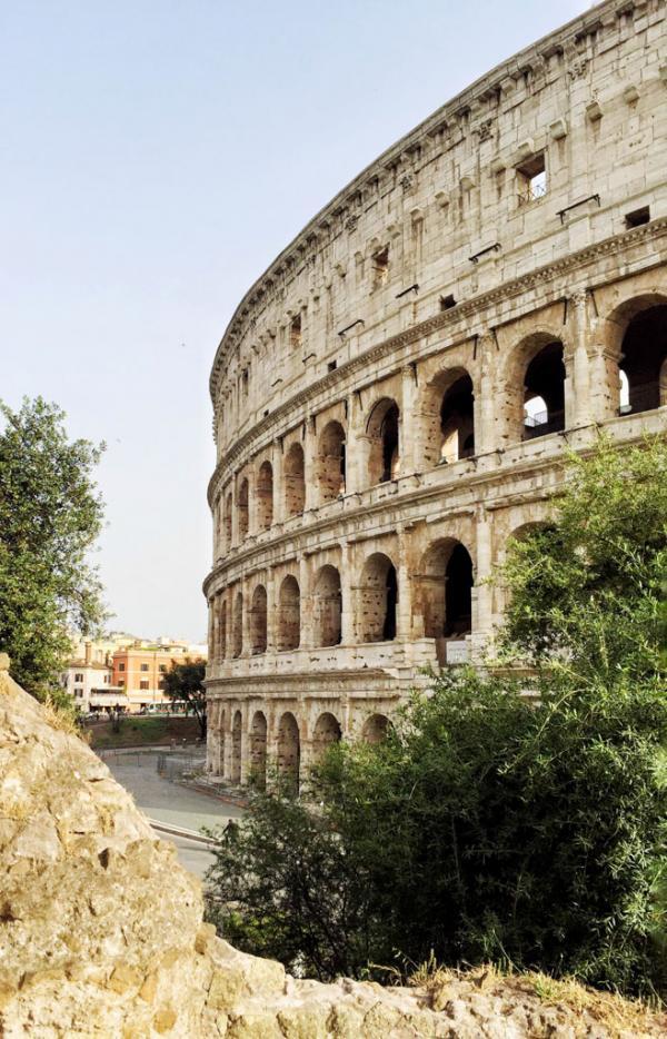 L'une des plus belles vues sur le monument le plus célèbre de Rome, le Colisée © Yonder.fr