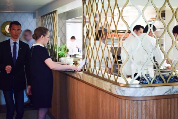 La cuisine du restaurant est ouverte © Yonder.fr