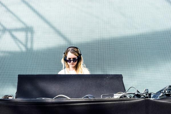 DGTL met également à l'honneur des DJs locaux comme ici Illesnoise © Yonder.fr