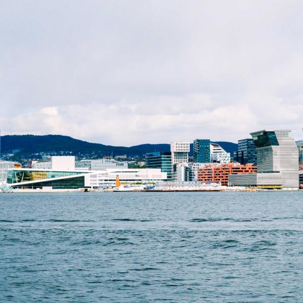 Le nouveau front de mer est jalonné de nouvelles architectures audacieuses © Pierre Gunther