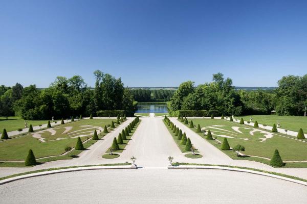 Le parc du Château de la Motte-Tilly © CDT Aube