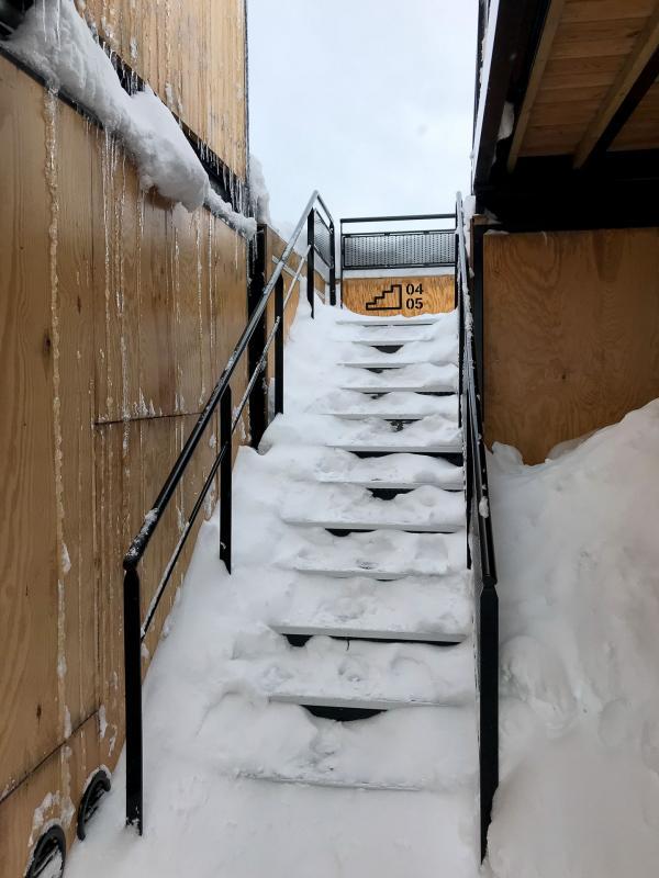 Empilables, les conteneurs situés à l'étage bénéficient d'une vue encore plus dégagée © Pierre Gunther