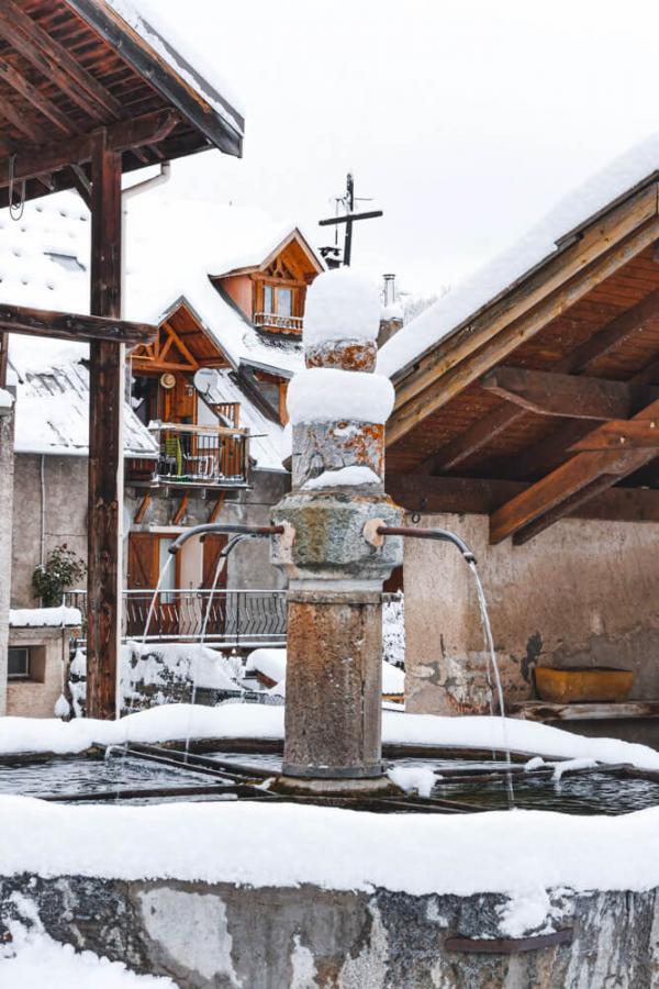 Fontaine du Bez à La Salle-les-Alpes © Paul Bréchu