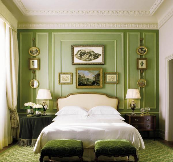 Four Seasons Hotel Firenze | Superior Room © Four Seasons Hotels & Resorts