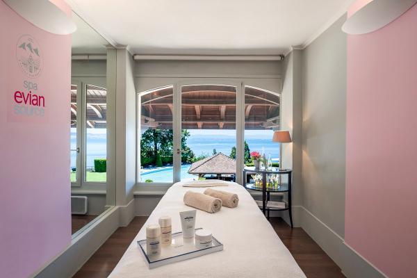 Hôtel Royal - Evian Resort –Cabine de massage au Spa © Pascal Reynaud