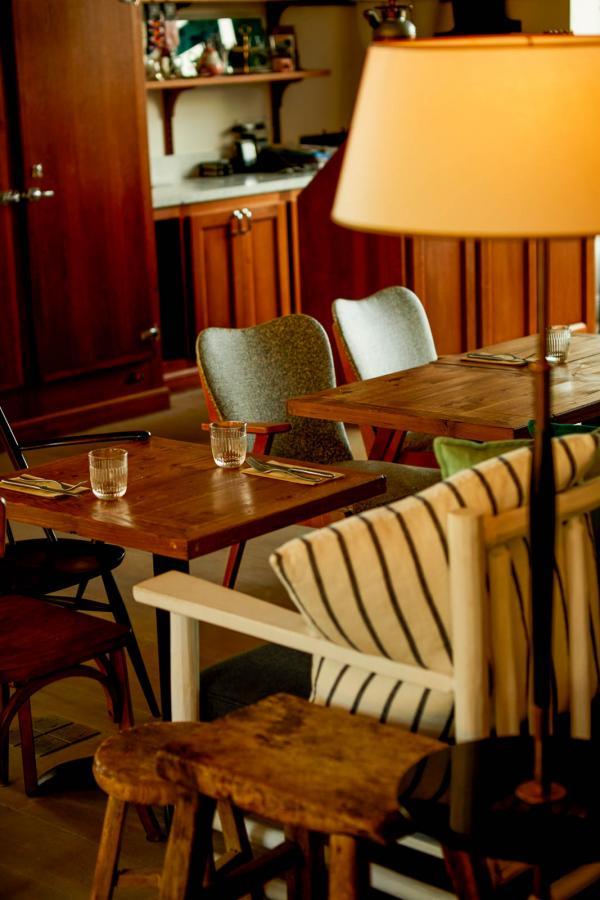 Le Nessay – Restaurant © Matthieu Delbreuve