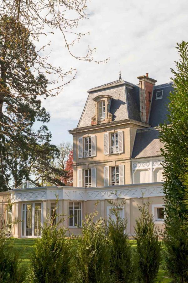 Château La Chenevière | Extérieur © DR