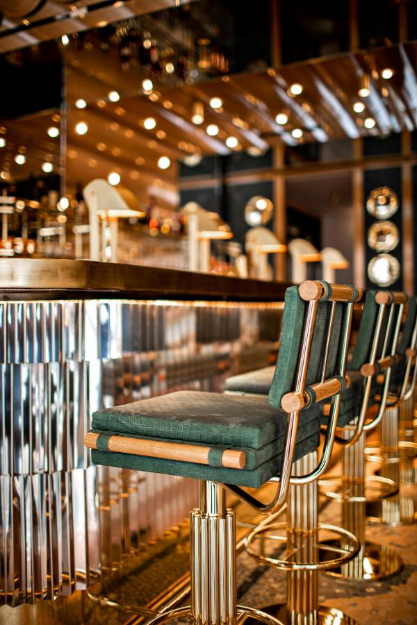 Restaurant La Scène de Stéphanie Le Quellec — Le bar © Benoit Linero