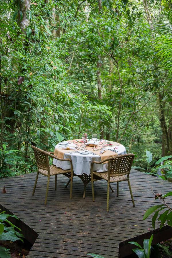 Lapa Rios Lodge - Déjeuner au milieu de la nature luxuriante © DR