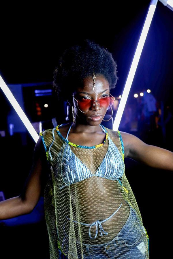 Une festivalière pendant Moga 2019 © Juliet Airs