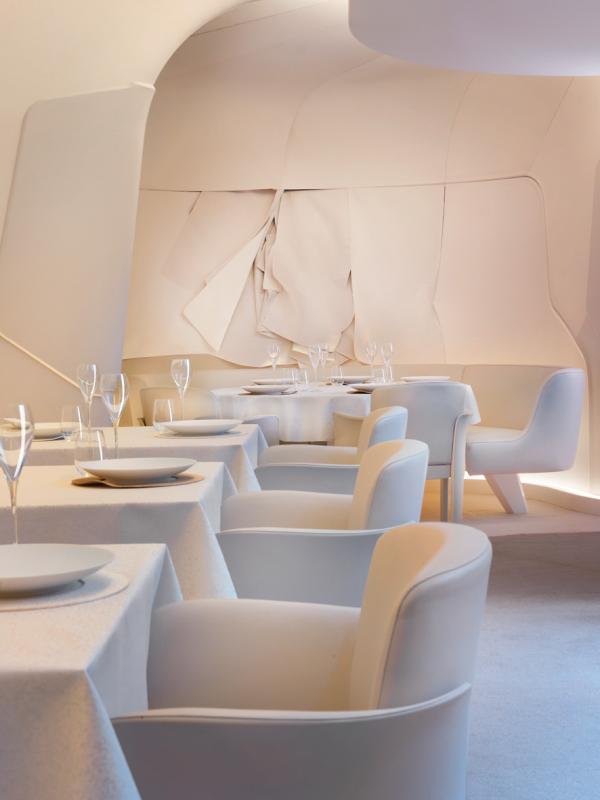 Mandarin Oriental Paris — Restaurant Sur Mesure © Mandarin Oriental