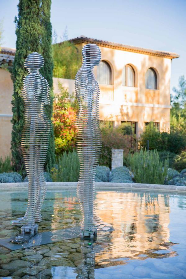 Terre Blanche Hôtel Spa Golf Resort – Fontaine du spa © DR