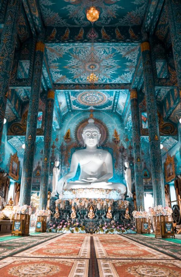 Wat Rong Seur Ten à Chiang Rai © Alex Azabache