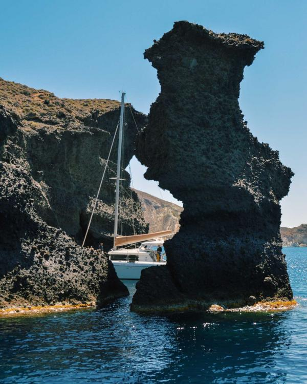 Andronis Arcadia | Croisière en catamaran autour de Santorin © YONDER.fr | PG