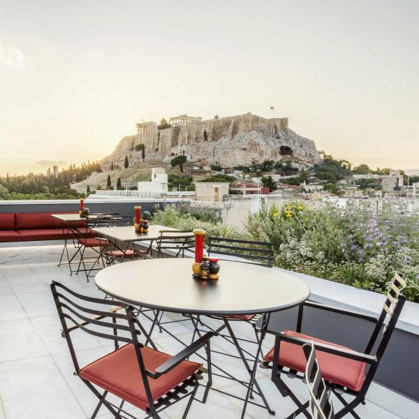 La terrasse de l'AthensWas Hotel, avec vue sur l'Acropole © DR