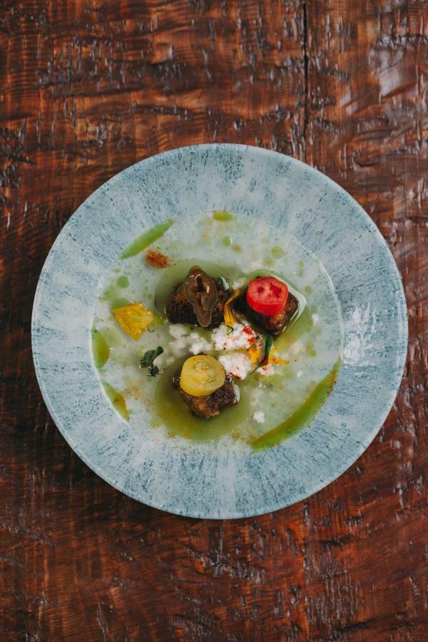 White Suite — restaurant Cardume © Armando Jorge Mota Ribeiro