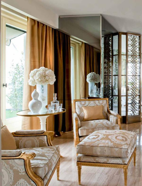 Four Seasons Hotel George V Paris – Chambre penthouse © Four Seasons Hotels and Resorts