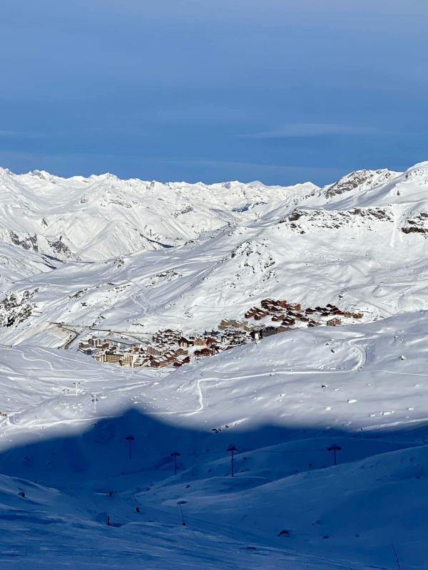 Vue sur Val Thorens du haut des pistes © YONDER.fr   EL