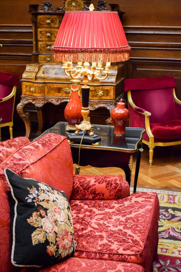 Ambiance intimiste dans le lobby © YONDER.fr