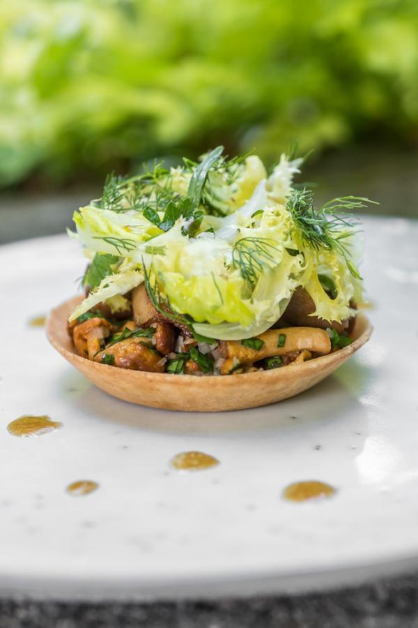Le Prieuré Baumanière — restaurant © Virginie Ovessian Photographe