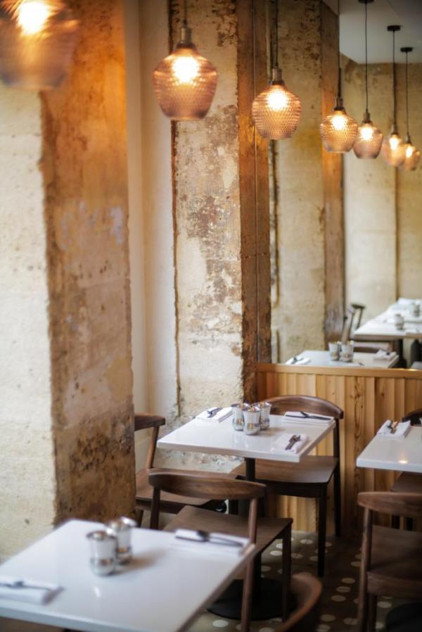 Qasti –Intérieur du restaurant © Stéphane Riss