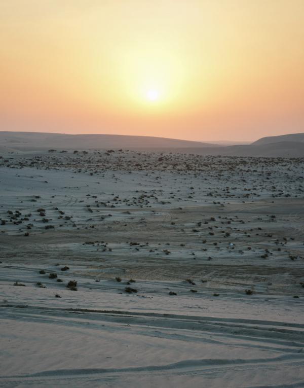 Coucher de soleil dans le désert © YONDER.fr