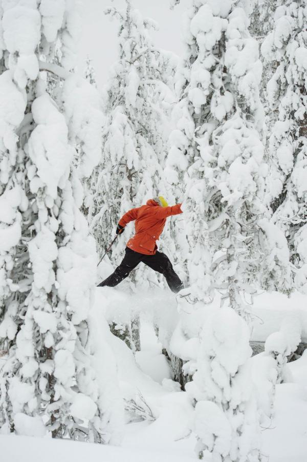 Raquette en Laponie finlandaise © Juho Kuva - VisitFinland