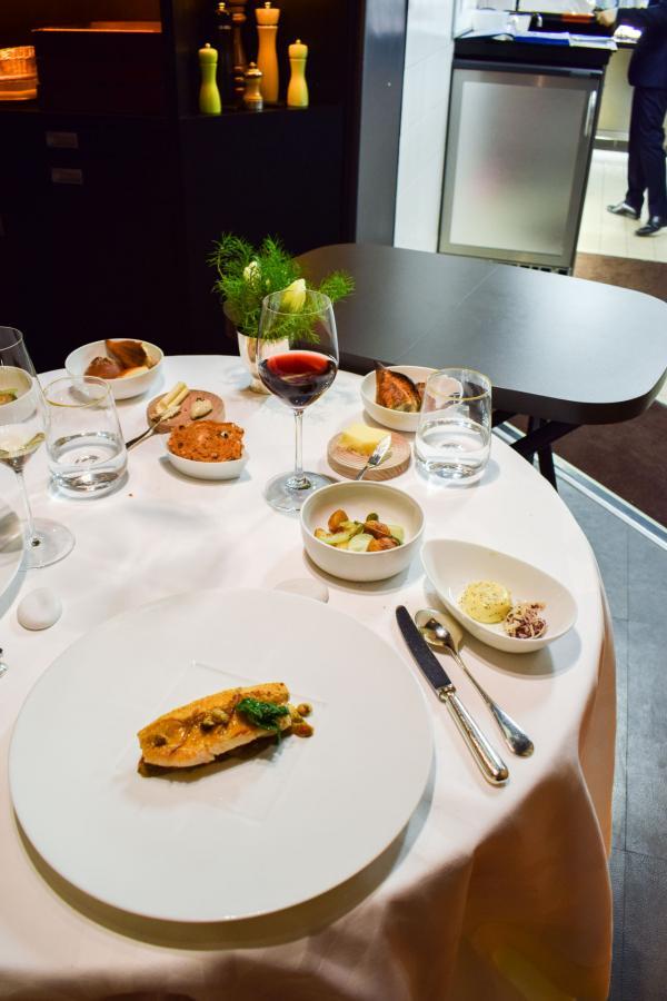 Déjeuner en cuisine au Restaurant Pierre Gagnaire © YONDER.fr