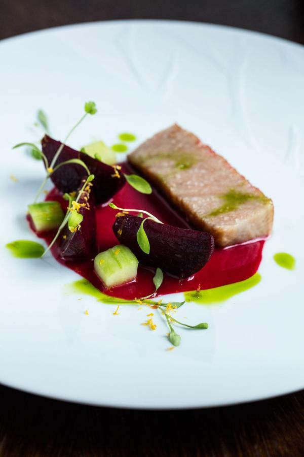 Glenn Viel, trois étoiles Michelin au restaurant de l'Ousteau de Baumanière. ©MCellard.