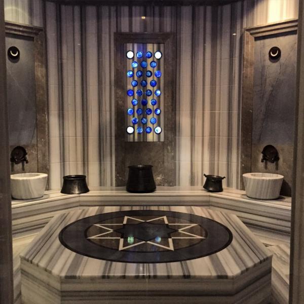 L'un des hammams privés du spa © Yonder.fr