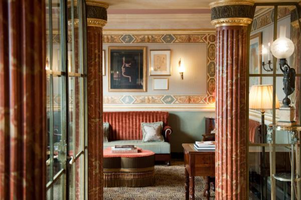 Lobby de l'hôtel décoré par Jacques Garcia | © Amy Murrell