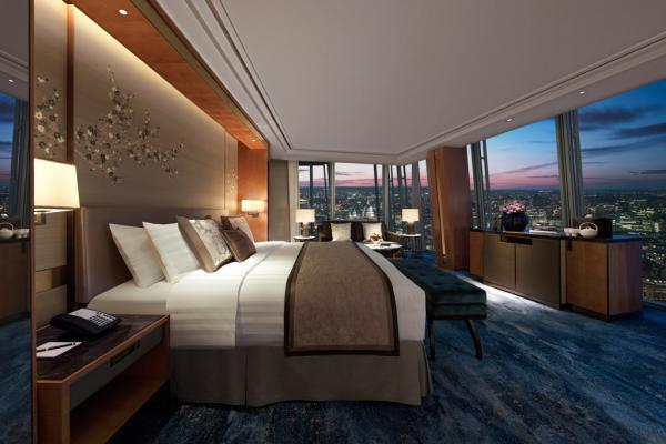 Chambre Iconic City View | © 2014 Shangri-La International Hotel Management Ltd.
