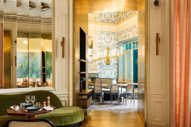 La salle à manger de B.B. au club privé Blanche (Paris 9ème) © Lenny Guetta
