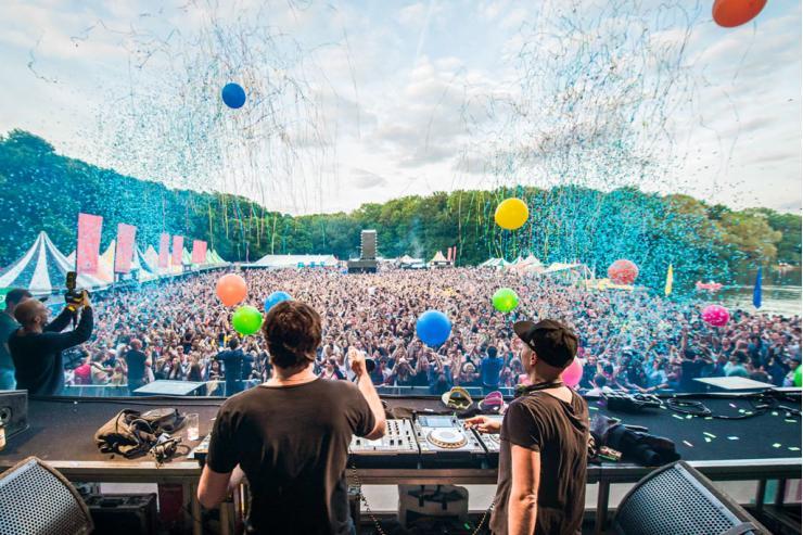 Calendrier Festival.Le Calendrier De Tous Les Autres Meilleurs Festivals Electro