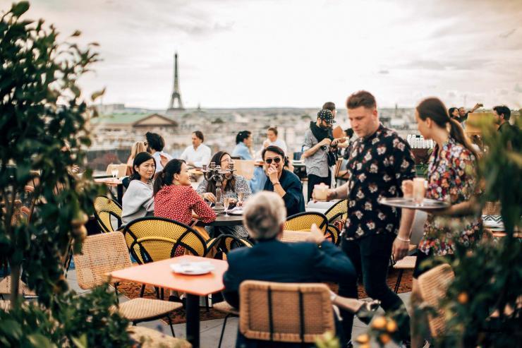 Créatures, le nouveau rooftop des Galeries Lafayette, fait sensation © Saint-Ambroise