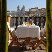 Dans le Penthouse, un vaste balcon permet de profiter des vues sur Rome © Portrait Roma