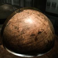 Globe antique dans le Musée Plantin-Moretus © Yonder.fr