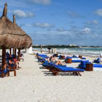 Sur la plage privée de l'hôtel © Yonder.fr