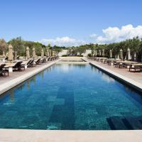 La somptueuse piscine du Beach Club © Yonder.fr