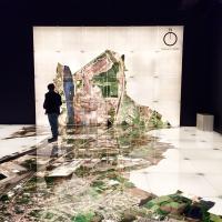 Salle ultra moderne permettant de, littéralement, marcher sur Gand © Yonder.fr
