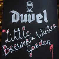 "A l'intérieur du Little Brewers Winter Garden (LBWG), ""biergarten"" cool et éphémère © Yonder.fr"