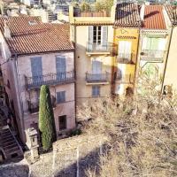 Maisons colorées au Suquet © Yonder.fr