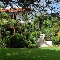 La maison d'amis de la duchesse abrite aujourd'hui des suites très convoitées © Yonder.fr