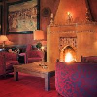 Fauteuils et cheminée, le décor est chaleureux à la Trattoria | © Alan Keohane (www.still-images.net)