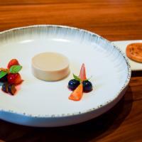 """Pois chice, tomate, fruits rouges et """"pancake"""" de cébette © Yonder.fr"""