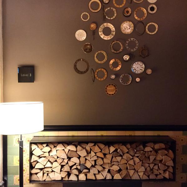 Design soigné dans les couloirs de l'hôtel @ Yonder.fr