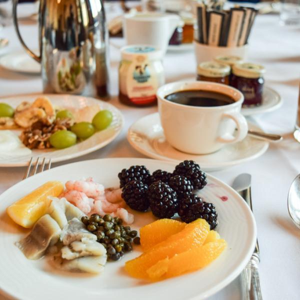 Petit-déjeuner royal © Yonder.fr