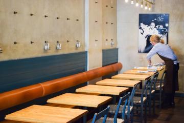 Le design du restaurant a contribué à propulser Rolfs Kök au rang des tables préférées des Stockholmois | © Yonder.fr