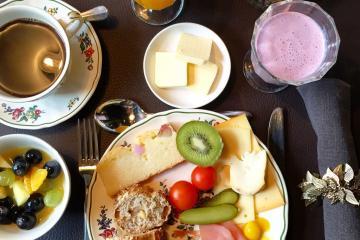 Petit-déjeuner servi au B&B De Waterzooi © Yonder.fr